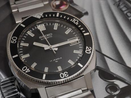 7025-8099, 1977